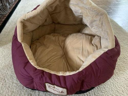 new covered dog or cat bed burgundy